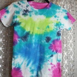 Tops - Tie dye t shirt